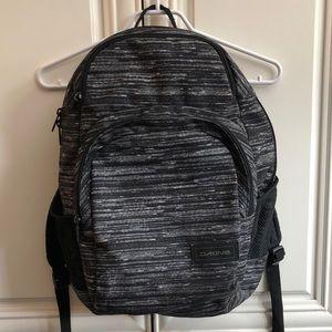 🎲2/$35 Dakine grey backpack: perfect for school